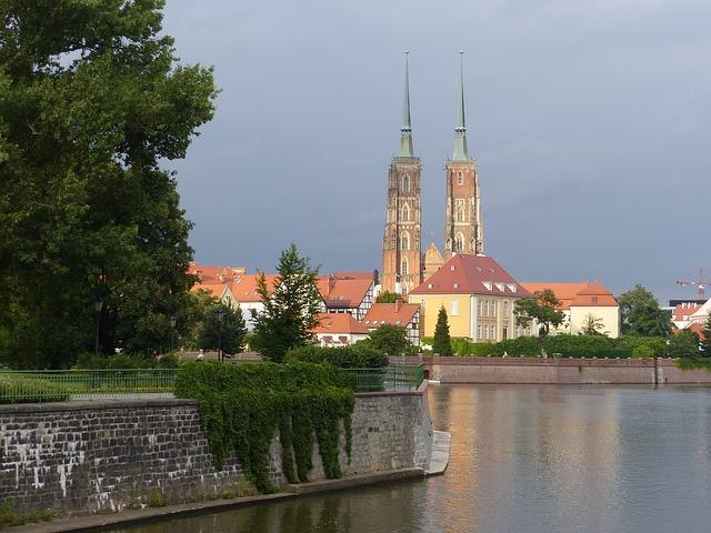 wroclaw-1755516_640